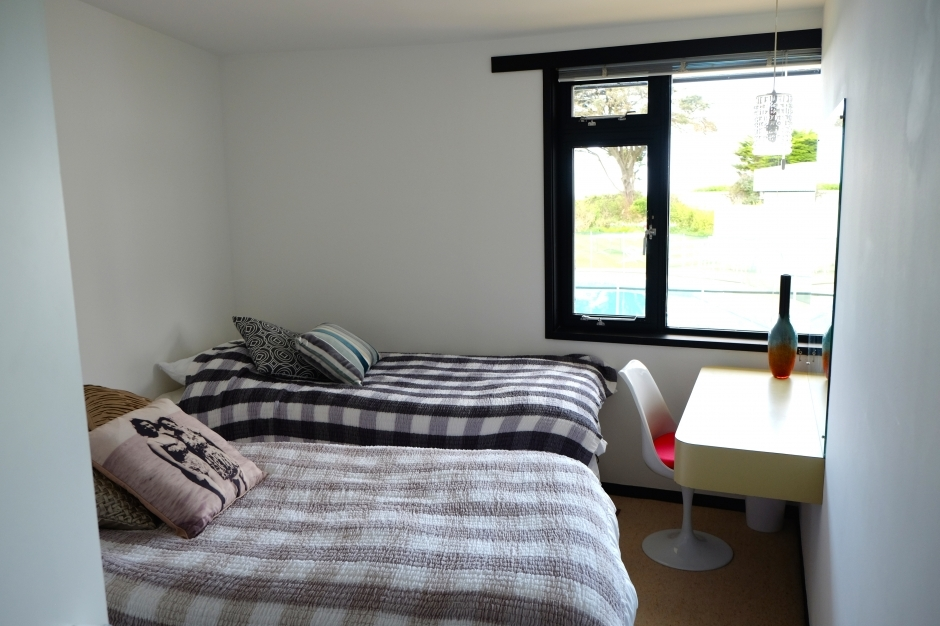 Bedroom 2 as twin